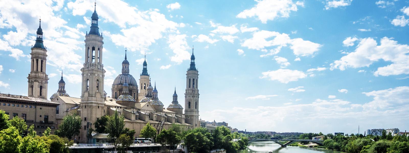 cosa vedere a saragozza citt europee da visitare On da il nome a una cattedrale di saragozza